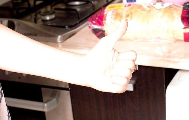 Prent getiteld Voeg Gluten tot Meel Stap 3