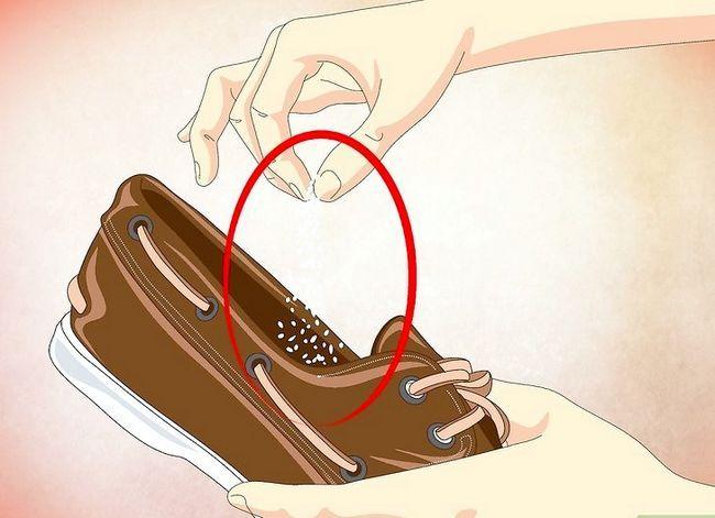 Prent getiteld Deodorize Shoes Stap 1