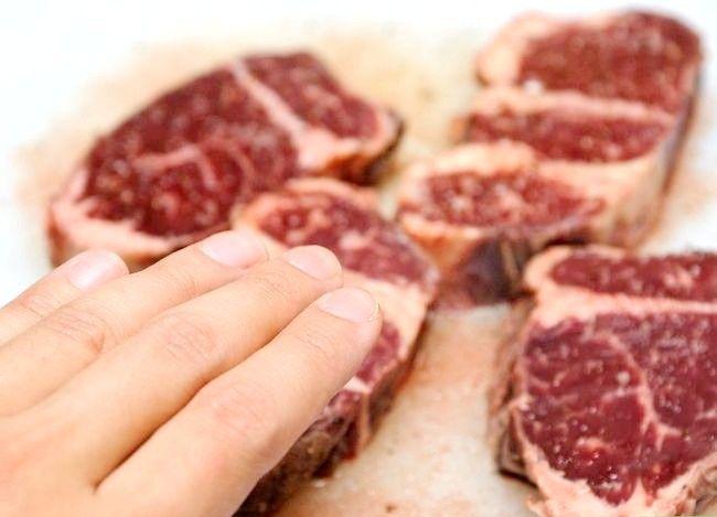 Prent getiteld Doen `n Steak Rub Stap 4
