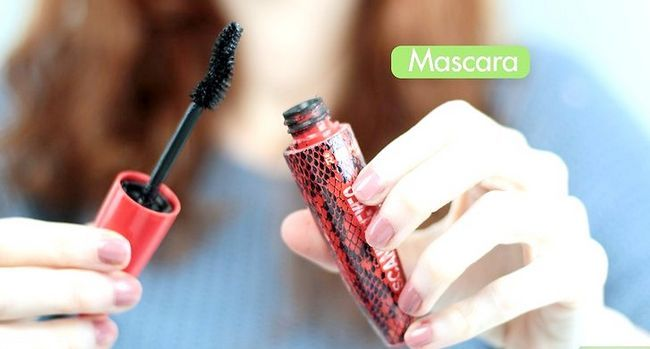 Prent getiteld Doen Goth Makeup Stap 5