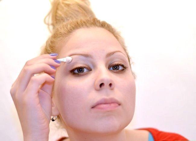 Prent getiteld Doen Ballet Make-up Stap 5