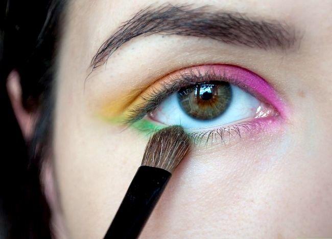 Prent getiteld Doen Rainbow Eyeshadow Stap 5