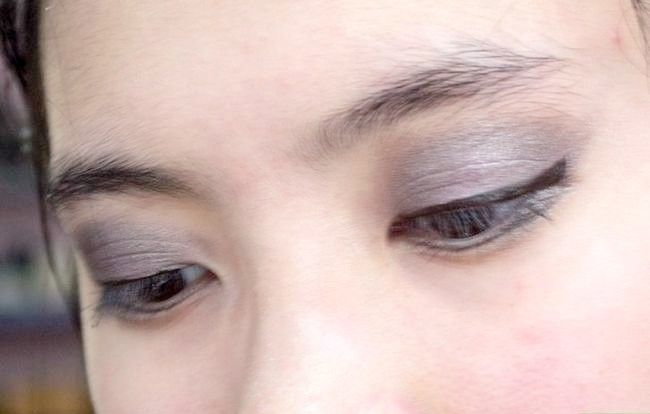 Prent getiteld Doen Basiese Disney Prinses Make-up Stap 13