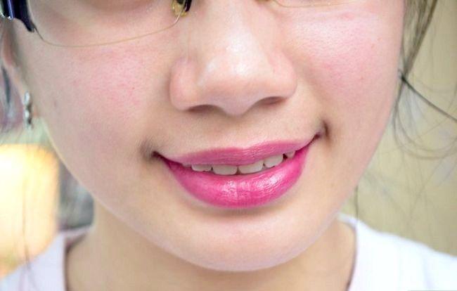 Prent getiteld Doen Basiese Disney Prinses Make-up Stap 16