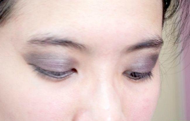 Prent getiteld Doen Basiese Disney Prinses Make-up Stap 22