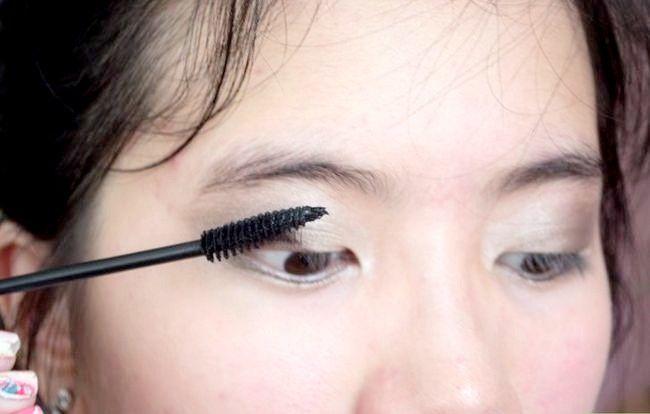 Prent getiteld Doen Basiese Disney Prinses Make-up Stap 10