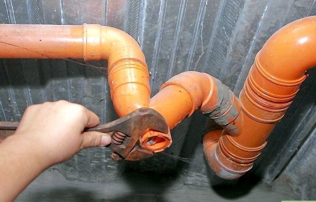 Prentjie getiteld `n Leak Badkamer Stap 4 oplos