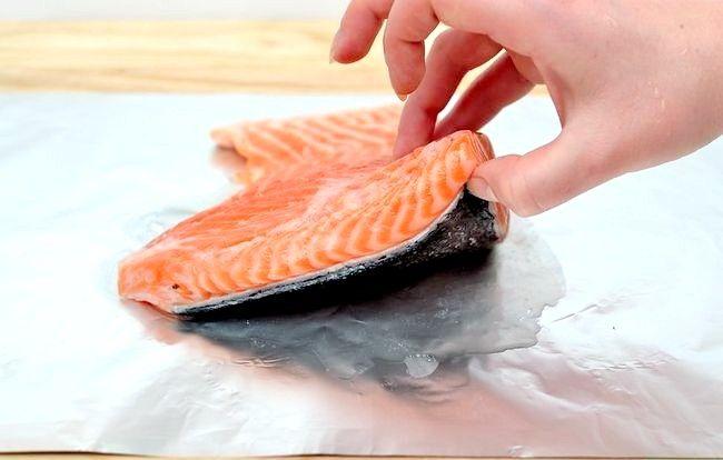 Prent getiteld Broil Salmon Step 4