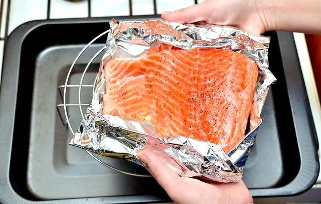 Prent getiteld Broil Salmon Step 8