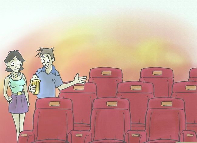 Prent getiteld Kiss Your Girlfriend by the Cinema Stap 2