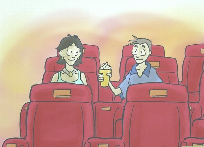 Prent getiteld Kiss Your Girlfriend by the Cinema Stap 4