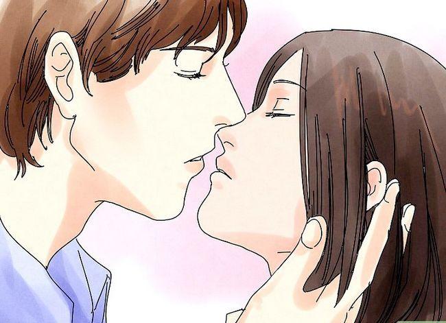 Prent getiteld Kiss Passionately Stap 2