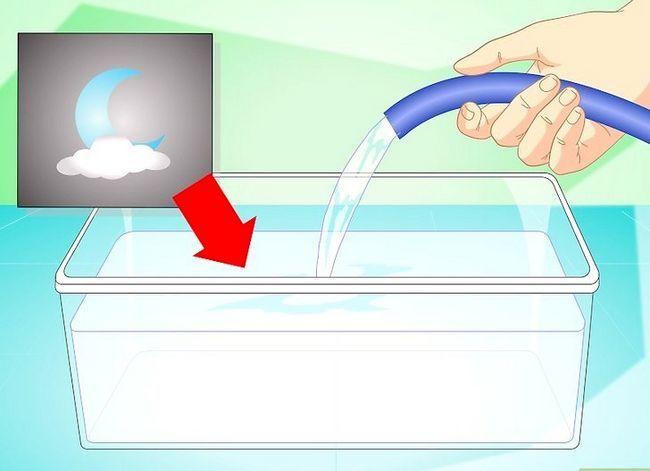 Prent getiteld Verander die water in `n Visbak Stap 2