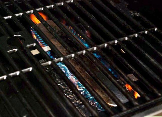 Prent getiteld Sear Steaks op die Grill Stap 5