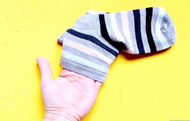 Image getiteld koop sokkies wat goed is vir jou voete Stap 4