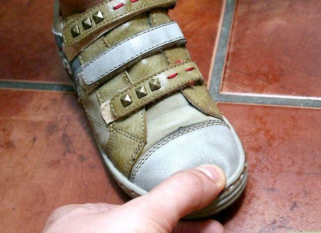 Beeld getiteld Koop skoene vir kinders Stap 4