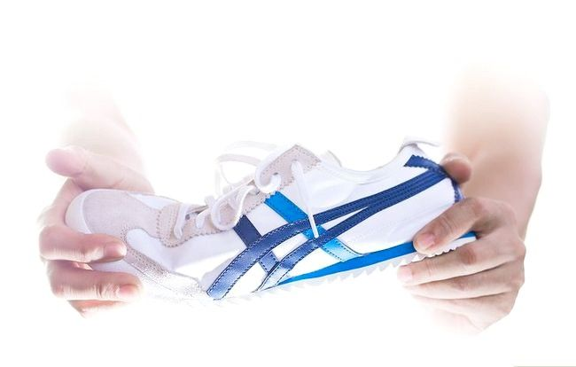 Beeld getiteld Koop `n goeie paar skoene Stap 5