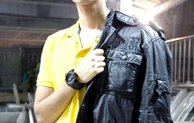 Prent titel Buy Leather Jacket for Men Step 5