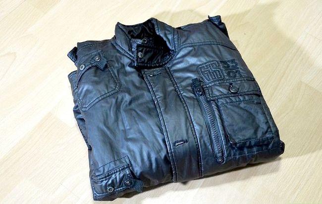 Prent titel Buy Leather Jacket for Men Step 6