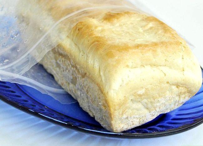 Prent getiteld Freeze Homemade Bread Step 17