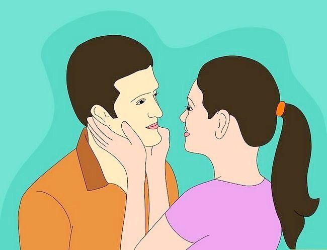 Prent getiteld Flirt With Your Boyfriend Stap 3
