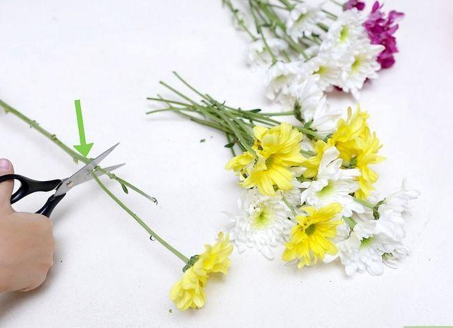 Prent getiteld Maak `n blom kroon Stap 13