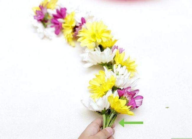 Prent getiteld Maak `n blom kroon Stap 21