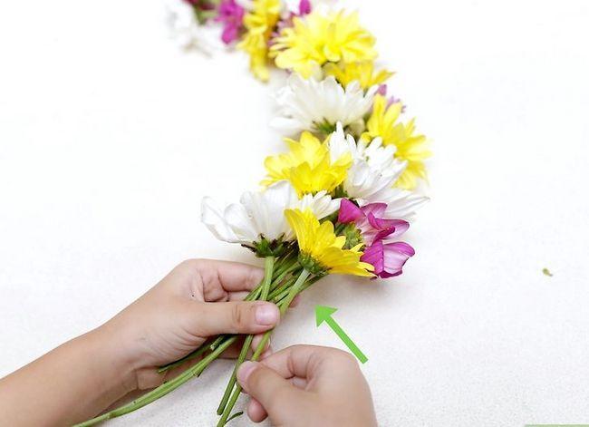 Prent getiteld Maak `n blom kroon Stap 22