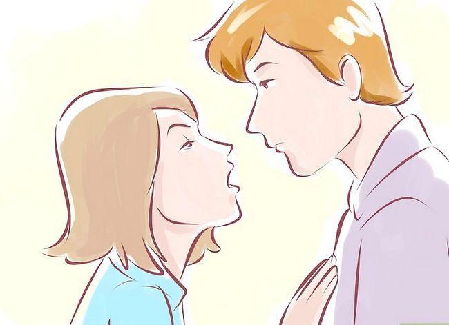 Prent getiteld Hou `n lang passie soen met jou Girlfriend_Boyfriend Stap 6