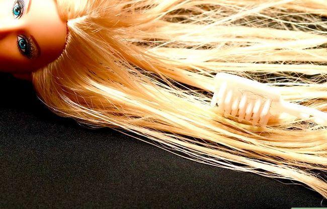 Prent getiteld Gee `n Barbie `n Makeover Stap 3