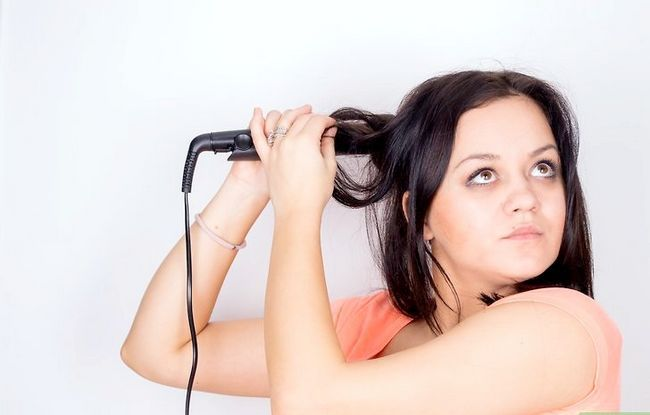Prent getiteld Feather Your Hair Stap 8