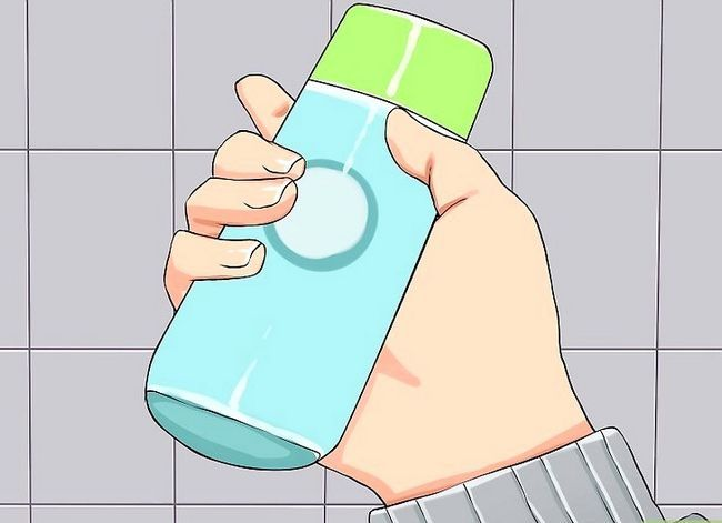 Prent getiteld Sanitize Public Toilet Stap 5