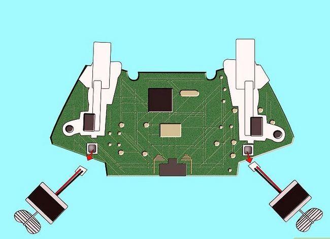 Prent getiteld Ontkoppel `n wireless Xbox 360-kontroleerder vir die skildery van stap 14
