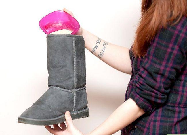 Beeld getiteld Deodorize Ugg Boots Stap 2