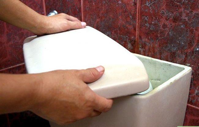 Prentjie getiteld Stamp `n toilet Stap 2Bullet2