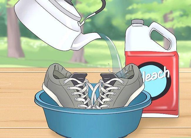 Prent getiteld Elimineer Reuk van Stinkende Skoene Stap 1