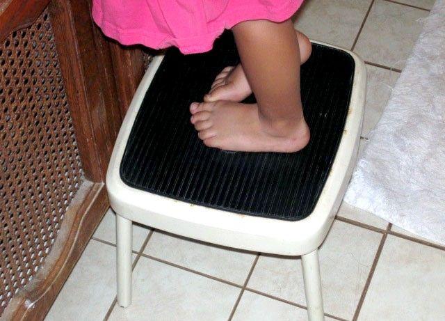 Prent getiteld Foot_Stool.JPG