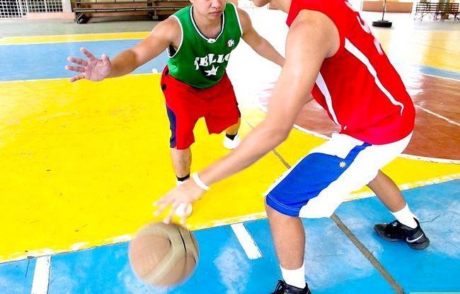 Prent getiteld Dribble a Basketball Stap 8