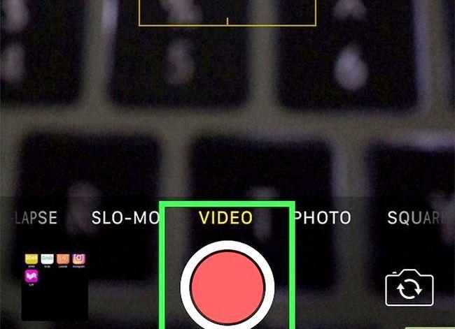 Prent getiteld Stuur video boodskappe op Kik Stap 1