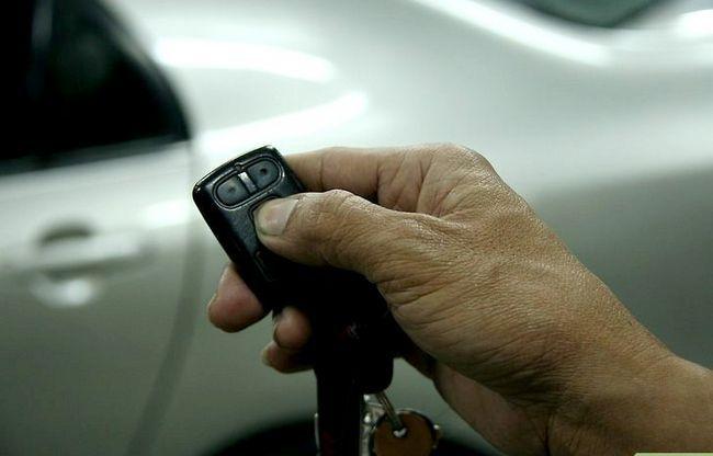 Beeld getiteld Vermy Car Theft Stap 5