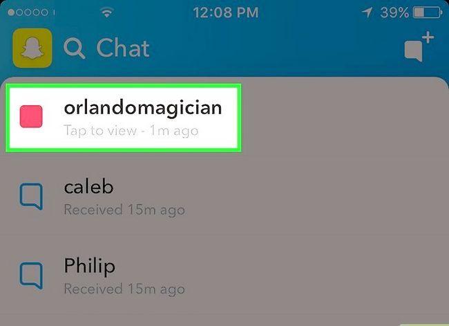 Beeld getiteld Stoor Snapchats na die Camera Roll Stap 13