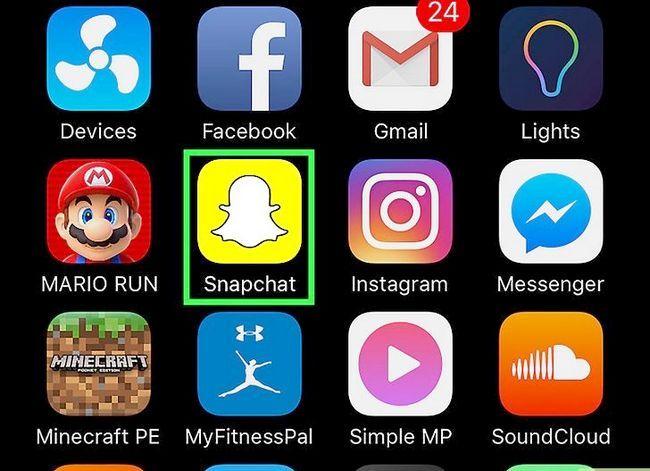 Prent getiteld Memories opslaan na die kamera rol op Snapchat Stap 1