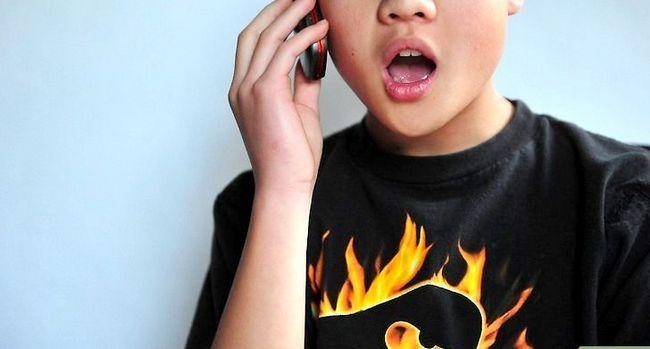 Prent getiteld Praat met `n meisie oor die telefoon Stap 4