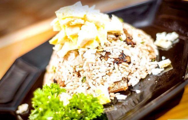 Prent getiteld Maak Fried Rice Stap 16