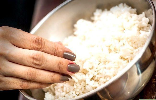 Prent getiteld Maak Fried Rice Stap 23