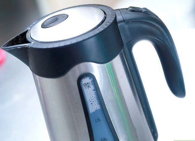 Prent getiteld Maak koffie sonder `n koffiemaker Stap 6