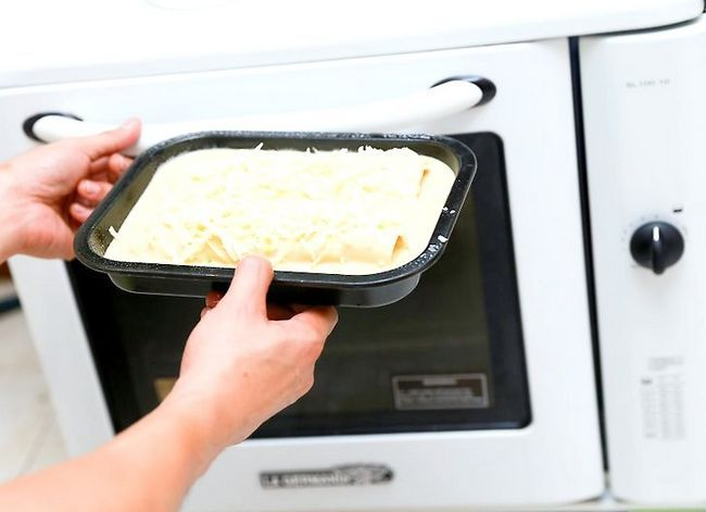 Prent getiteld Make Chicken Enchiladas Stap 40