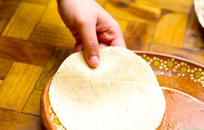 Prent getiteld Maak Gestapelde Kaas Enchiladas Stap 6