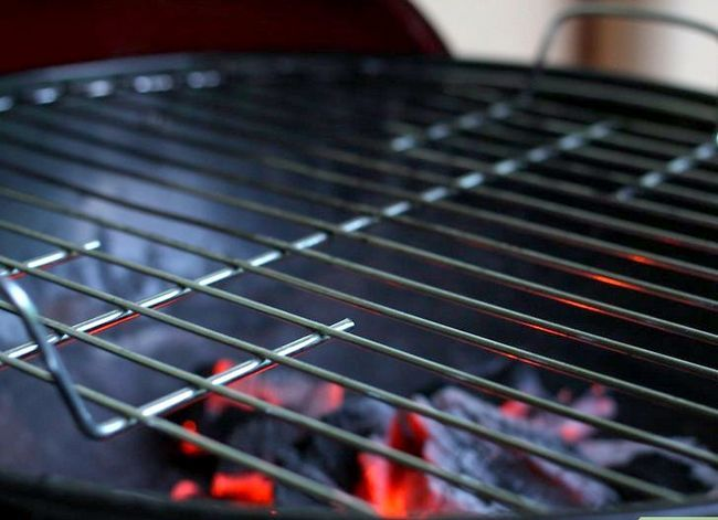 Prent getiteld Charcoal Grill Steaks Stap 6