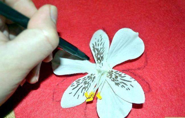 Prent getiteld Maak gevulde blomme Stap 4